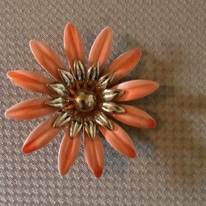 Sarah Coventry vintage orange flower pin
